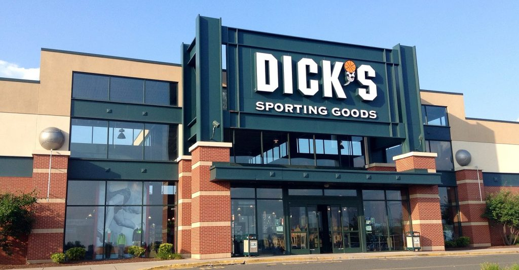 Dick's_Sporting_Goods_Ext